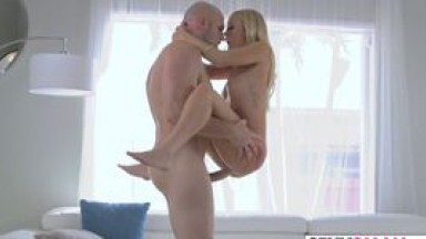 SEXYSMALL - Large dick for petite blonde Brice Bardot - video 2